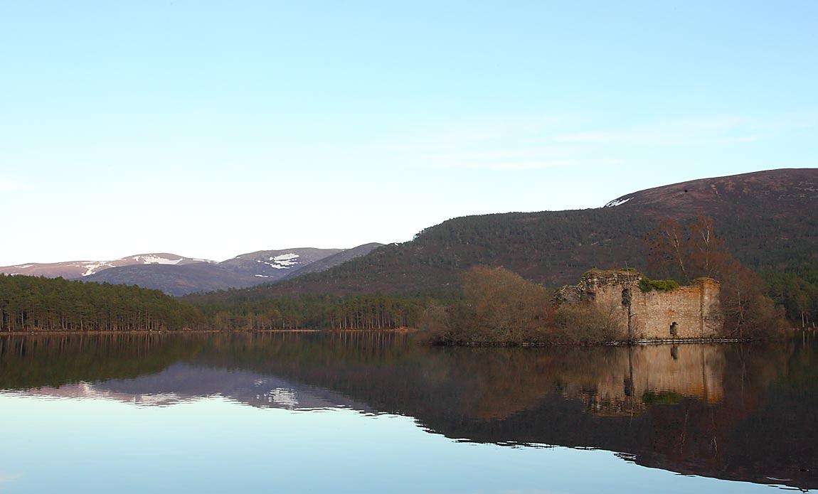 Loch-an-Eileen-61314101