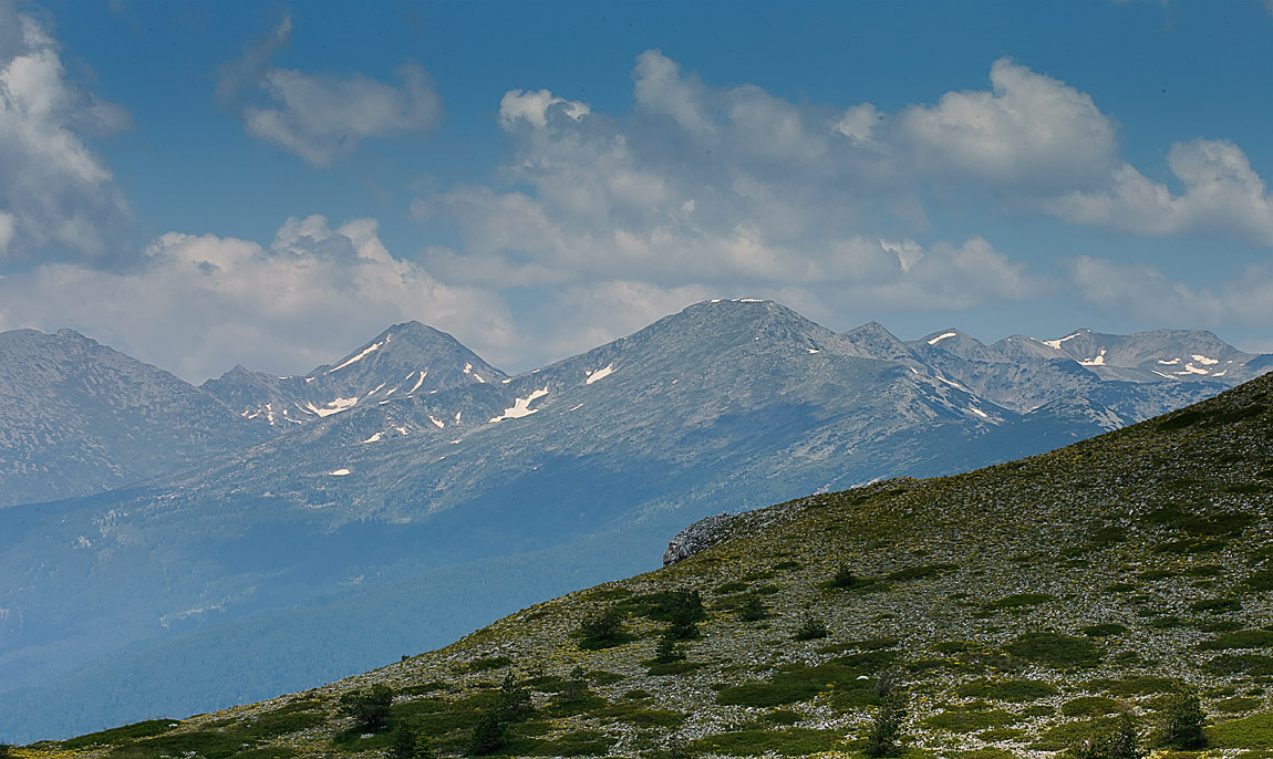 Southern Pirin Range_J4X5040